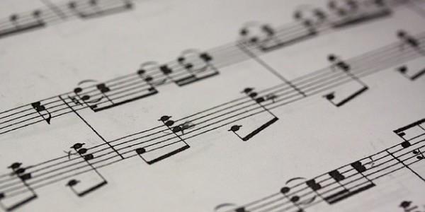 scrittura-di-partiture-musicali